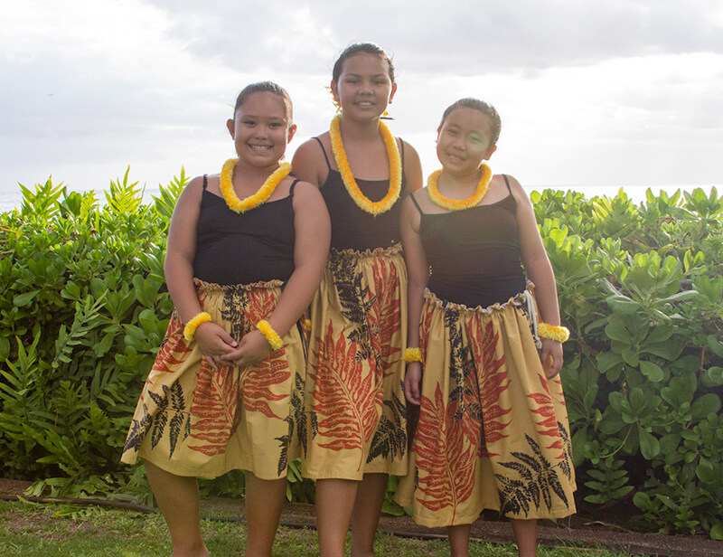 photo of young hula dancers